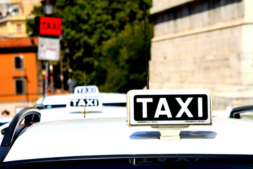 taxi-plate